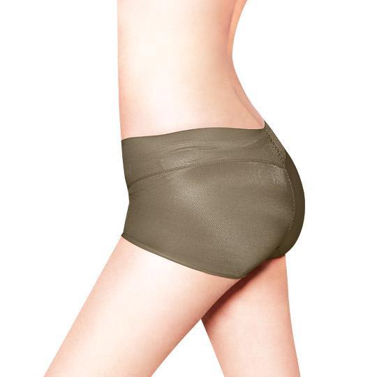 日本3D魔翹-完美無痕提臀低腰平口內褲(流沙咖)