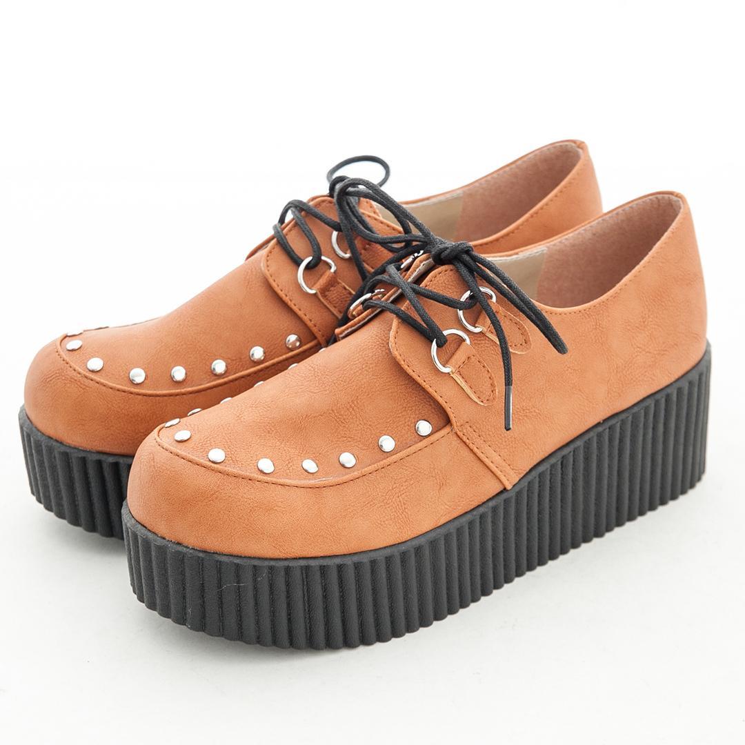 【TOMO】圓鉚釘綁帶厚底鞋-棕
