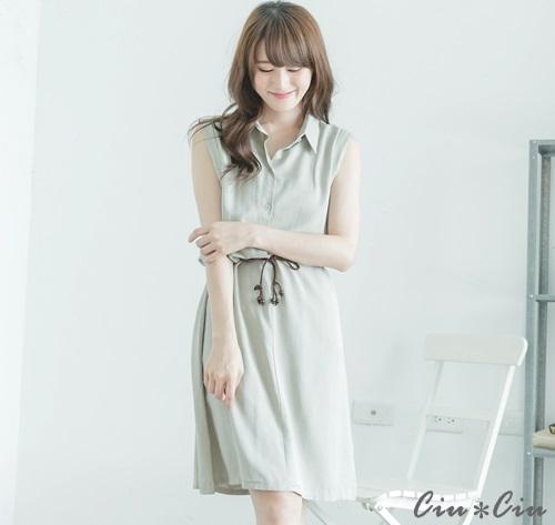 Ciu*Ciu 簡約小領舒適綁腰洋裝-灰色