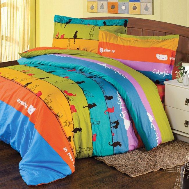 買1送1【韋恩寢具】MIT台灣製環保活性印染-雙人加大床包被套組-喵喵星球
